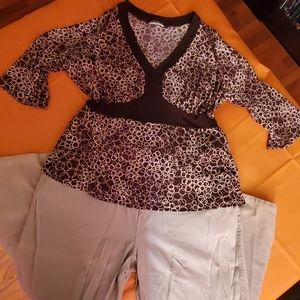 Brown w. Cream Design Blouse
